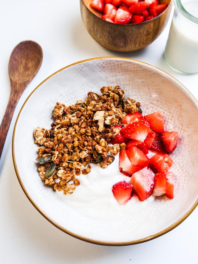 vegan-high-protein-granola-in-bowl